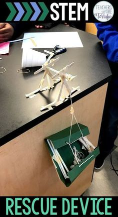 STEM Challenge: Students work in two teams to create a cranking device and a passenger carrier to perform a rescue. Each team builds part of the device and then the teams join together! The ultimate in teamwork! Stem Science, Science For Kids, Physical Science, Earth Science, Science Experiments, Math Stem, Science Ideas, Défis Stem, Stem Teacher