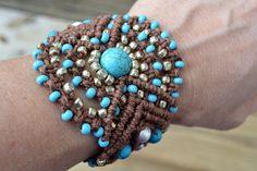 Brown hemp macrame bracelet. Love these colors. I used brown hemp, turquoise round stones and Toho seed beads