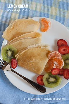 Breakfast is served! Delicious Lemon Cream Crepes. Recipe by Jelli Bean Journals for livelaughrowe.com #crepes #breakfast