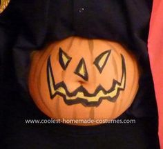 7 ideas for halloween pregnancy painting your belly disney baby holiday halloween fall pinterest disney maternity halloween and pumpkins - Pregnant Halloween Painted Bellies