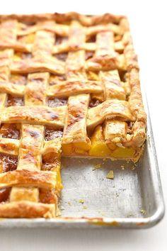 Easy Slab Pies For a Crowd Peach Slab Pie Easy slab pies for the bestSlab Pies That Will Easy Slab Pie Recipes Desserts For A Crowd, Easy Desserts, Delicious Desserts, Yummy Food, Recipes For A Crowd, Potluck Desserts, Potluck Ideas, Cooking For A Crowd, Food For A Crowd
