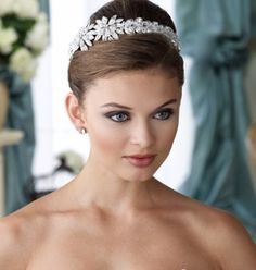 NEW!! BREATHTAKING Mon Cheri Desinger Crystal wedding headband - SALE
