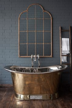 💖 95 beautiful roll top bath bathroom design models of 75 Art Deco Bathroom, Bathroom Spa, Bathroom Interior, Master Bathroom, Bathroom Sinks For Sale, Bathroom Renovations, Bad Inspiration, Bathroom Inspiration, Shed Interior