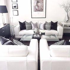 Grey and white decor living room superb black and white living room decor l Home Living Room, Apartment Living, Living Room Designs, Living Room Decor, Living Area, Bedroom Decor, Black And White Living Room, Black White, Black Pic