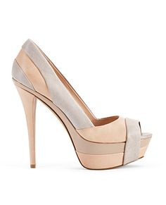 jessica simpson shoes are too die