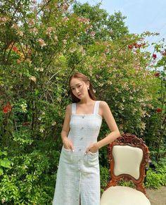 Jessica & Krystal, Jessica Jung, Golden Star, Korean Entertainment, Summer Feeling, 1 Girl, Snsd, American Singers, Girls Generation