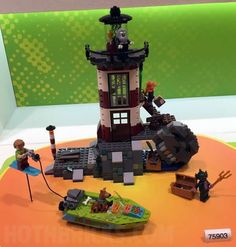 Hoth Brick has new images of two of the new LEGO Scooby-Doo sets that somehow snuck out from the 2015 Nuremberg Toy Fair. Lego Batman, Lego Marvel, Spiderman, Scooby Doo Toys, Scooby Doo Mystery, Playstation, Xbox, Lego Tv, German Toys