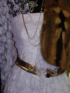 GOLDYMAMA vintage 14 rue du surmelin 7520 Paris Robe de mariée