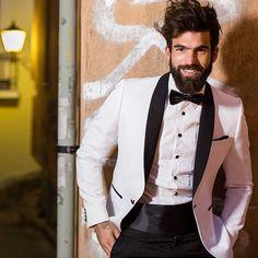 1444e8bc77b3  ShareIG Ο  dimitris alexandrou φοράει τα απόλυτα γαμπριατικα κοστούμια   GentlemenExperts στο Atelier Zolotas!
