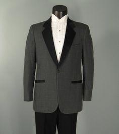 Pierre Cardin Tuxedo Jacket/ c. 1970's/ Men's Vintage Black Dinner Jacket/ Satin Lapels 5R1nE4s0
