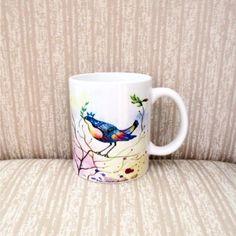 Caneca em porcelana Pássaro fundo branco