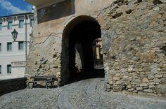 Bordighera (IM), centro storico del Paese Alto, Bastioni