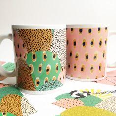 """2 mugs collection """"planète cam le mac' """""""