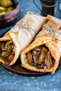 Take your Sunday roast to the next level with a Yorkshire pudding wrap! Delicious roast lamb, crispy potatoes, vegetables and gravy wrapped in a Yorky pud is the ultimate in comfort food Lamb Recipes, Wrap Recipes, Cooking Recipes, Healthy Recipes, Cooking Tips, Vegetarian Recipes, Yorkshire Pudding Wrap, Yorkshire Pudding Recipes, Yorkshire Pudding Burger