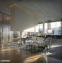 modern-restaurant-interior-with-large-glass-windows-picture-id108195326 (410×418)