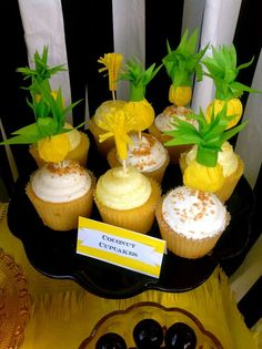 See more party ideas at… Aloha Party, Luau Party, Beach Party, Cupcake Party, Cupcake Cakes, Cupcake Toppers, Summer Birthday, Birthday Ideas, Summer Cakes