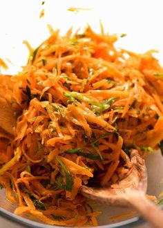 Carrot Salad dressed in a Honey Dijon Mustard Dressing is a quick side salad that might sound unusual but it will surprise you - it's beyond delicious! Grated Carrot Salad, Carrot Salad Recipes, Healthy Recipes, Carrot Slaw, Veggie Recipes, Easy Recipes, Juicy Baked Chicken, Baked Chicken Breast, Honey Dijon Dressing