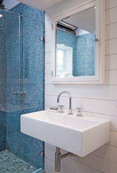 Love the tile  #bathroom