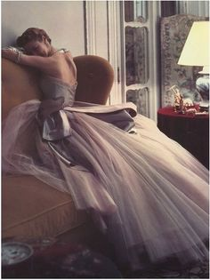 World Fashion: World Fashion | Fashion Photography - Design and Wedding Inspiration - Vintage Inspiration