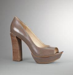 She's Got Edge Heel - Kenneth Cole