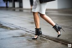 Black heels <3