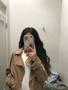 Image about beauty in hair by lia ling on We Heart It Best Photo Poses, Girl Photo Poses, Cool Girl Pictures, Girl Photos, Foto Mirror, Rauch Fotografie, Snapchat Girls, Foto Casual, Girl Outfits