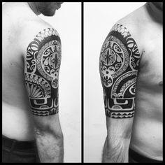 Meia manga. #maoritattoo #maori #polynesian #tattoomaori #polynesiantattoos…