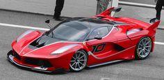 https://3.bp.blogspot.com/-Zb6KcRfgxb0/VxiCrycswxI/AAAAAAAAAJY/4cfZx_-6PLA7ocUYjOT9ThOHI7EdEY5tACLcB/s1600/2015_Ferrari_FXX-K_in_Shanghai.jpg