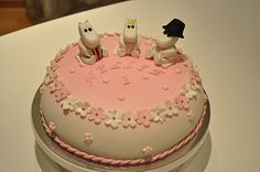 Moomin cake Character Cakes, Food Decoration, How Sweet Eats, Cute Cakes, Lost & Found, Babyshower, Tart, Cake Decorating, Birthdays