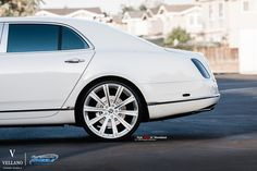 "Beautiful Bentley Mulsanne rolling on a set of  Vellano VM03 24"" Monoblock   gorgeous ride on a set of luxurious Wheels, perfect combination What you guys think?"