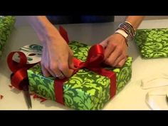I've Been Tying Ribbons On Christmas Presents Wrong My Whole Life.  When She's Done? Perfect