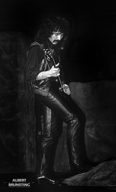 Black Sabbath Zwolle 02 oktober 1983. Tony Iommi