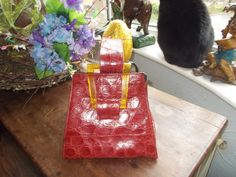 stunning alligator 1940s red handbag with applejuice bakelite