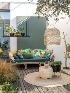 cozy apartment balcony decorating ideas 13 ⋆ All About Home Decor Outdoor Rooms, Outdoor Living, Outdoor Furniture Sets, Outdoor Decor, Backyard Furniture, Furniture Sale, Apartment Balcony Decorating, Cozy Apartment, Tropical Patio