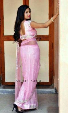 Telugu Actress Shalu Chourasiya Stills in Cute Pink Saree at Pochampally IKAT Art Mela 0003 - Shalu Chourasiya Stills in Cute Pink Saree at Pochampally IKAT Art Mela Glamour Pics, Simple Sarees, Saree Models, Beauty Full Girl, Beauty Women, Indian Models, Indian Beauty Saree, Indian Sarees, Most Beautiful Indian Actress