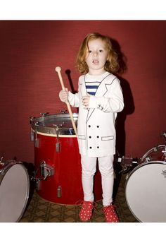 Combo of the drums & outfit