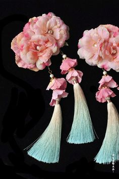ziseviolet:    Handmade Chinese Necklaces and Hair Ornaments by 律吕迢暘, Part 2. (Pt. 1)