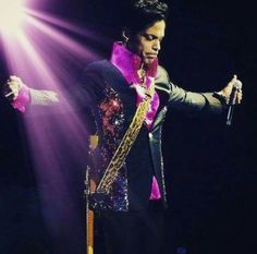 Prince living every word on stage ●■●