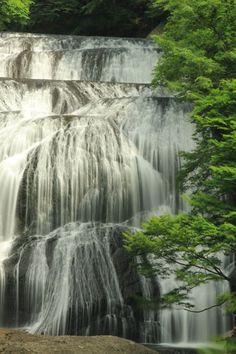 Fukurodafall, Ibaraki, Japan Ibaraki, Sea Of Japan, Go To Japan, Beautiful World, Beautiful Places, Beautiful Waterfalls, Japanese Culture, Japan Travel, Places To See