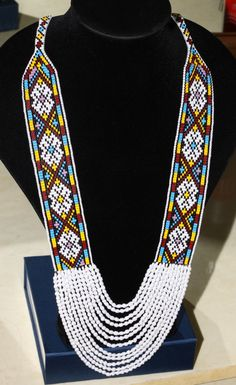 Seed Bead Jewelry, Lotus Jewelry, Beaded Jewelry, Bead Loom Bracelets, Woven Bracelets, Bead Loom Patterns, Beading Patterns, Beaded Choker Necklace, Necklaces