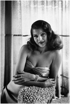 Post with 65 votes and 3384 views. Tagged with redhead, beautiful, legendary, pinup girl, rita hayworth; Shared by Rita Hayworth ladies and gentlemen Rita Hayworth, Vintage Hollywood, Hollywood Glamour, Hollywood Stars, Classic Actresses, Beautiful Actresses, Actors & Actresses, Cinema Tv, Classic Movie Stars