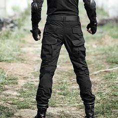 tactical pants military on sale at reasonable prices, buy Tactical Pants Men Military Camouflage Pantalon Frog Cargo Pants Knee Pads Work Trousers Army Hunter SWAT Combat Trousers from mobile site on Aliexpress Now! Mens Cargo, Cargo Pants Men, Black Tactical Pants, Army Pants, Military Camouflage, Work Trousers, Tactical Clothing, Mens Clothing Styles, Look Cool