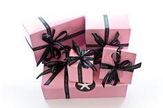Georgetown Cupcake pink boxes