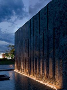 Modern Exterior Lighting, Facade Lighting, Outdoor Wall Lighting, Landscape Walls, Landscape Lighting, Landscape Design, Light Architecture, Landscape Architecture, Water Wall Fountain