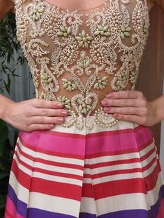 Maison Bais   Tag Archive   vestido bordado