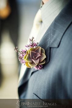 really interesting boutonniere. Boutonnieres, Succulent Boutonniere, Wedding 2017, Our Wedding, Dream Wedding, Wedding Wishes, Wedding Gifts, Wedding Stuff, May Weddings