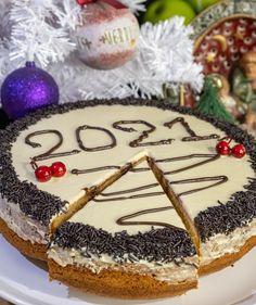 συνταγή για βασιλόπιτα με επικάλυψη λευκής κουβερτούρας Greek Sweets, Christmas Napkins, Christmas Cooking, Greek Recipes, Sweet Desserts, Dear Santa, Tiramisu, Cookies, Baking