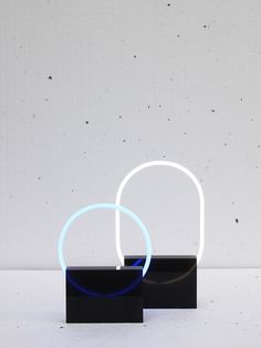 The Voie light series is a minimal light design created by Rotterdam-based designer Sabrine Marcellis.
