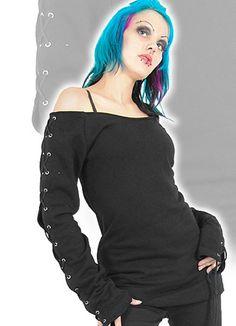 Mustat renksulliset, nauhalliset paidat