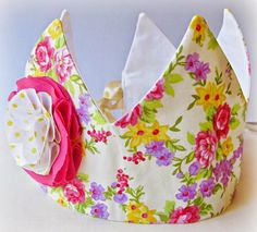 Fat Quarter Crown - With just one fat quarter and a little bit of time, you can learn how to make a dress-up crown for your little boy or little girl. Helping your child play pretend has never been easier than with the Fat Quarter Crown.